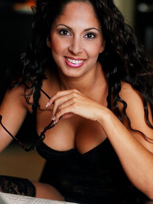 Brustvergrößerung ohne OP Macrolane Hyalurinsäure Muskelaufbau ...